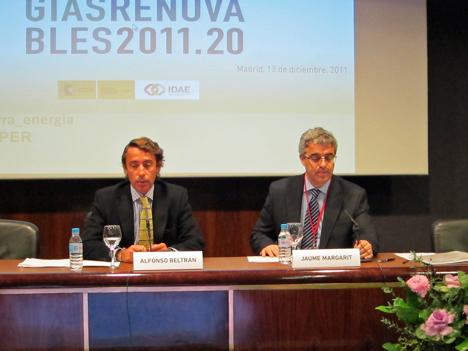 Alfonso Beltrán y Jaume Margarit en la presentación del PER 2011-20