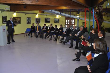 Reunión entre representantes de la Fundación Circe y el Gobierno de Aragón