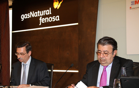 El director general de Industria, Energía y Minas de la Consejería de Economía y Hacienda de la Comunidad de Madrid, Carlos López Jimeno y y el director general de la Fundación Gas Natural Fenosa, Pedro-A. Fábregas