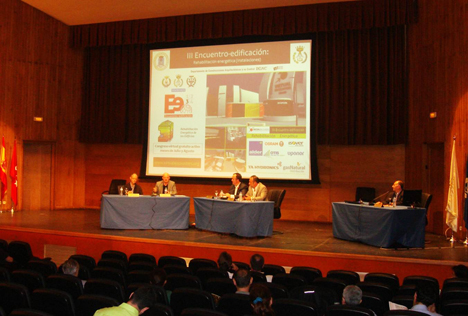 Asistentes al III Encuentro-edificación sobre rehabilitación Energética
