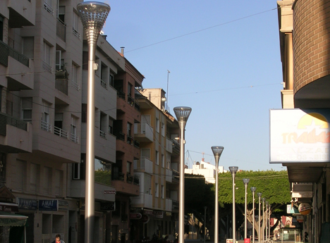 Almoradi (Alicante) con sus luminarias restauradas