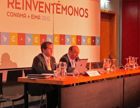 Manuel Sayagués, presidente de la Asociación de Empresas de Eficiencia Energética, A3E con Juan Layda