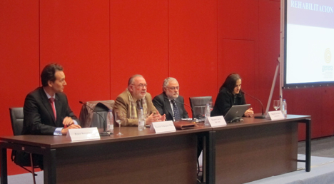 """Otra de las mesas participantes en la Jornada sobre la """"Nueva Directiva sobre EE. Análisis desde el Sur de Europa""""."""