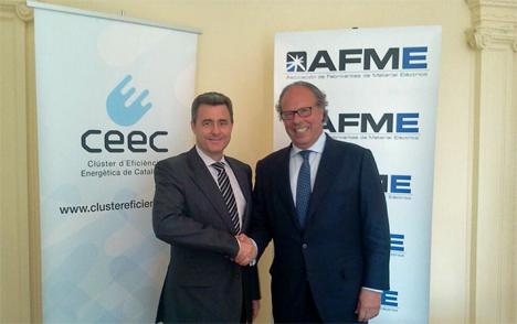 El secretario general-gerente de AFME,Andrés Carasso Vendrell, y el presidente del CEEC, Carles Albà, en la firma del convenio.