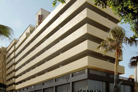 Fachada del Hotel San Diego después de la reforma