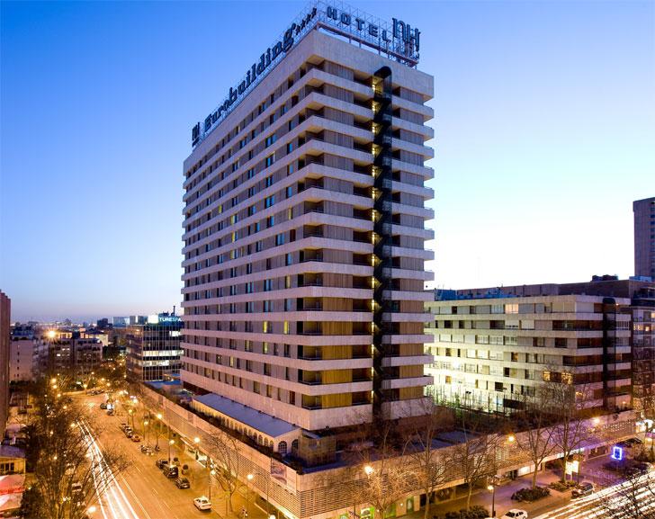 hotel eficiente fachada edificio