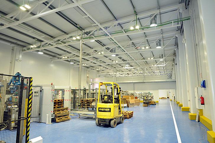 Iluminación Philips en la fábrica de Licor 43