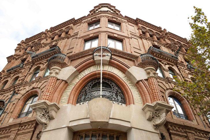 M xima calificaci n energ tica en rehabilitaci n de for Oficinas endesa barcelona
