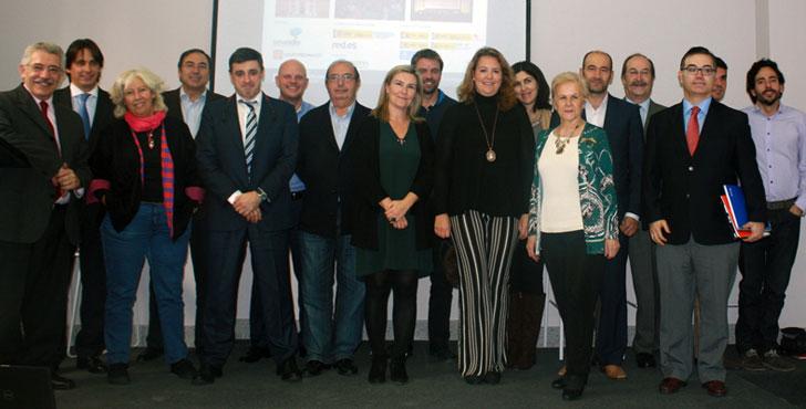 Foto de familia del Comité Asesor para el II Congreso Ciudades Inteligentes