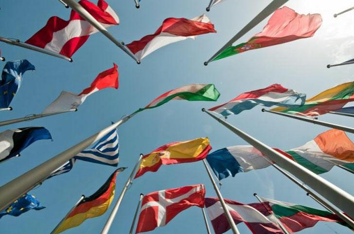 Banderas de los Países Miembros implicados en objetivos energéticos 2020