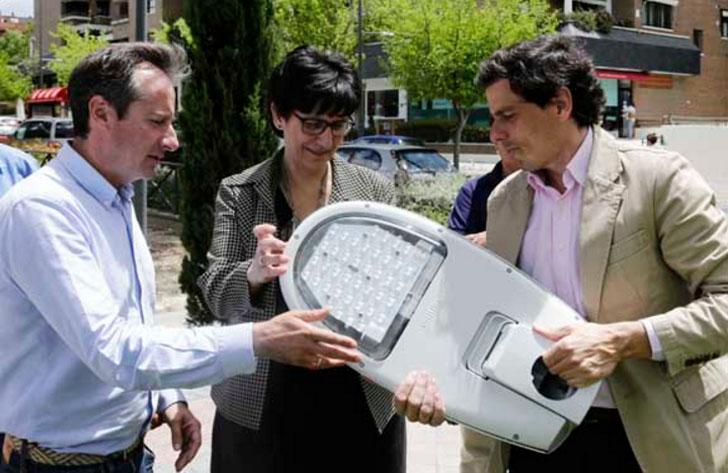 Ayuntamiento de Pozuelo de Alarcón finaliza las obras de sustición de luminarias por nuevos modelos LED más eficientes.