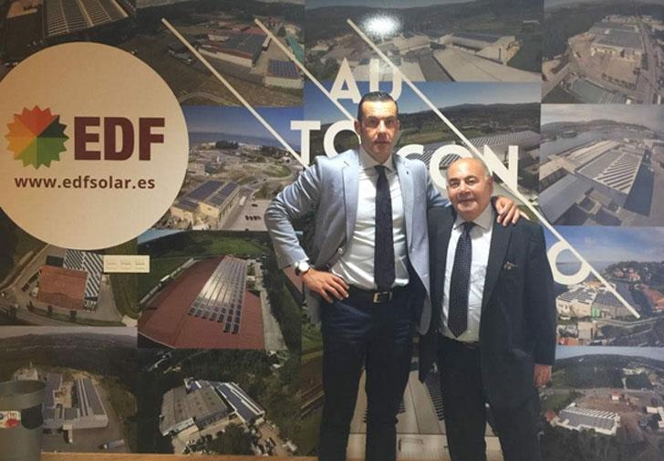 Fernando Romero y Vicente Tobella tras la firma del acuerdo entre EDF Solar y AROS Solar.