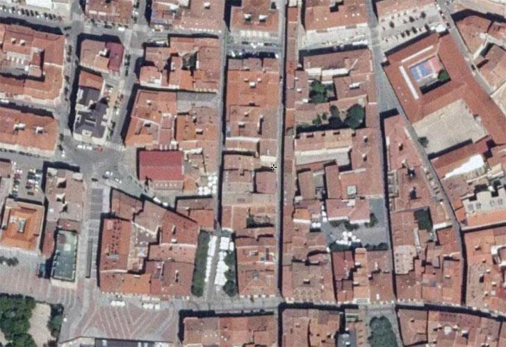 Vista áerea de Soria. Diputación de Soria colabora con Ciemat en Proyecto Life. Potencial de instalaciones solares en tejados de zonas urbanas.