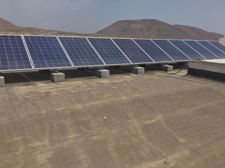 Instalacion fotovoltaica La Graciosa. Autoconsumo.