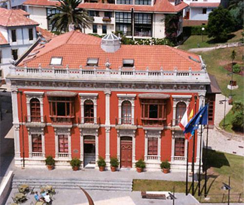 Ayuntamiento de Carreño, Asturias, convoca ayudas para familias con poco recursos y con dificultades para pagar las facturas de los suministros energéticos.