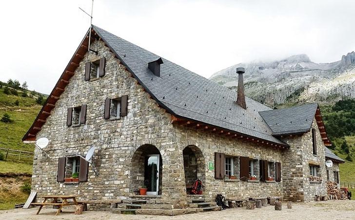 Proyecto Europeo SustainHuts. Refugios de montaña sostenibles con renovables.