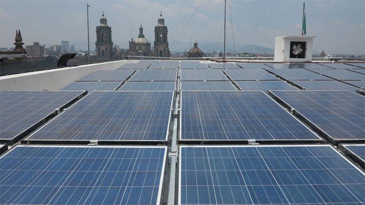Cien edificios municipales de Ciudad de México tendrán paneles solares.