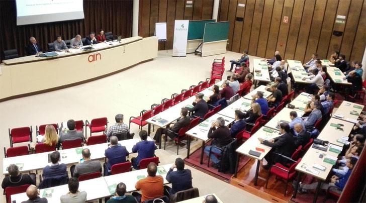 Jornada en Navarra sobre la bomba de calor como energía renovable.