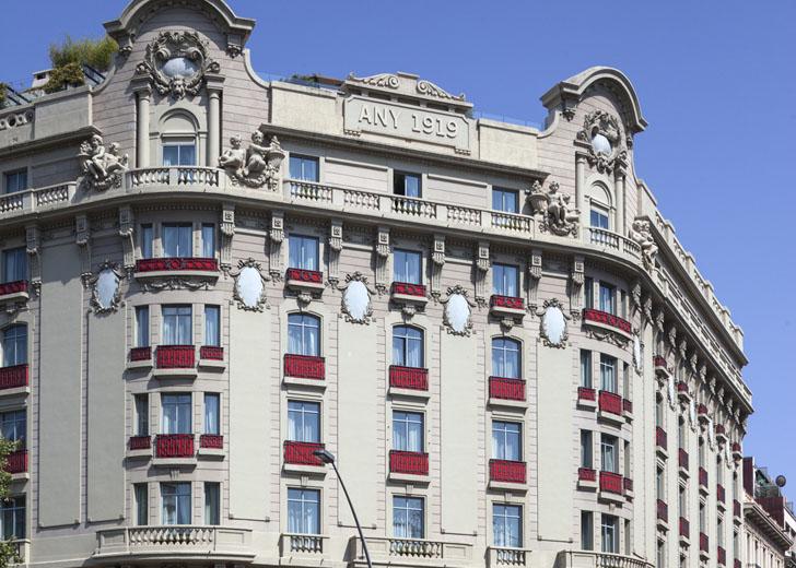 Buderus suministra energía para calefacción y acs en el Palace Hotel Barcelona. Fachada del hotel.