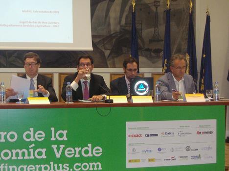 Enrique J. Larrea, Roger Casellas, Manuel Díez y Teo López