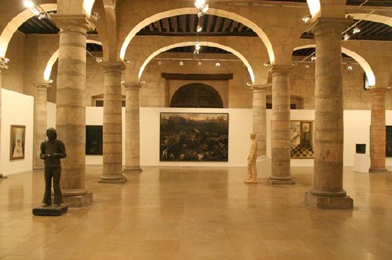 Sala de Columnas del Palacio Almudí,