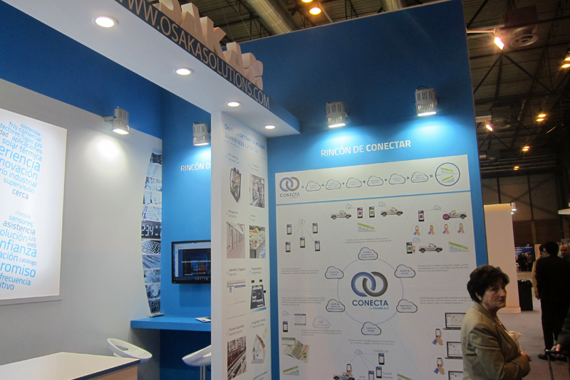 Stand de Osaka Solutions en Climatización y Refrigeración, donde se presentó el sistema Conecta para la gestión remota de equipos de refrigeración.