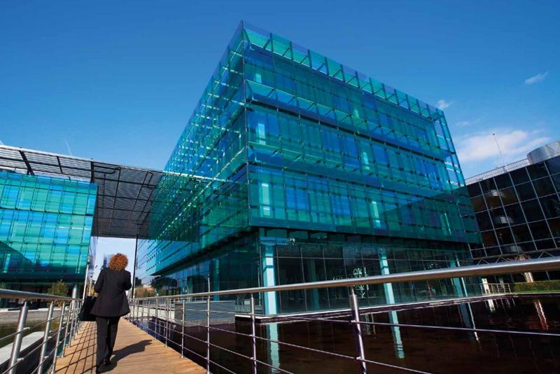 Edificio de oficinas del Parque Empresarial San Fernando. Comunidad de Madrid. Obligación de auditorías energéticas cada cuatro año.