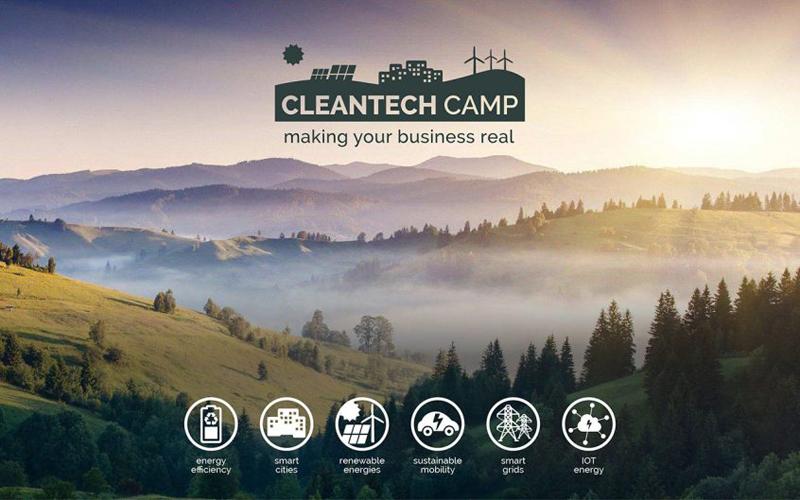 Cartel anuncio CleanTechCamp 2017. Seleccionados 14 proyectos finalistas.