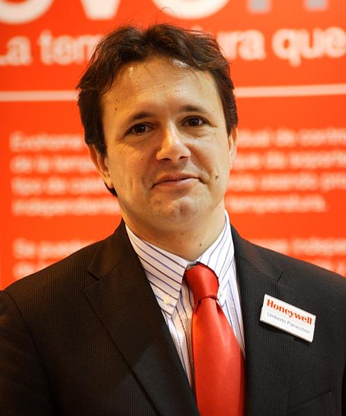 Retrato de Umberto Paracchini, director de Marketing de Honeywell.