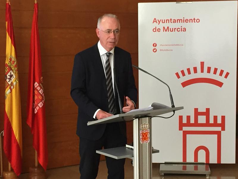 Antonio Navarro Corchón, Concejal de Medio Ambiente.