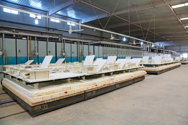Planta de producción de material cerámico.