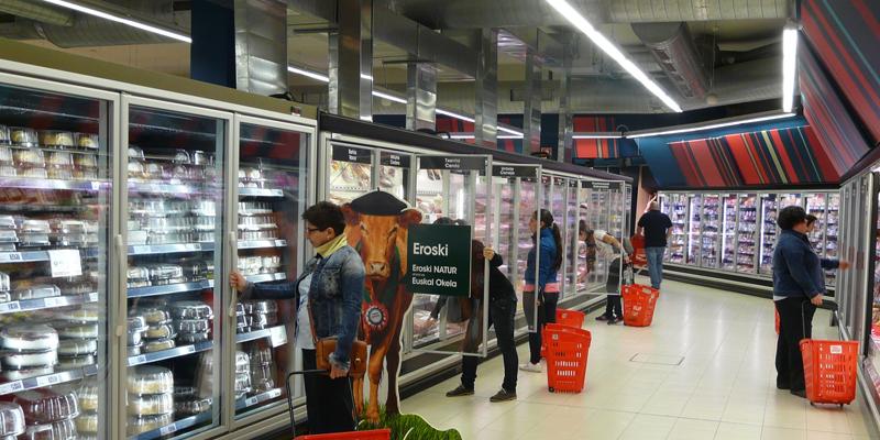 La nueva generaci n de tiendas eroski se suma al ahorro energ tico eseficiencia - Eroski iluminacion ...
