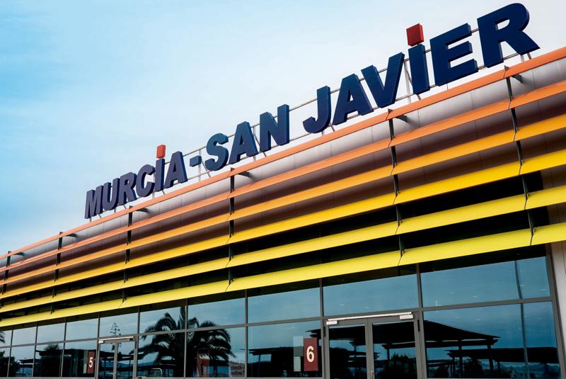 Fachada principal Aeropuerto de Murcia-San Javier