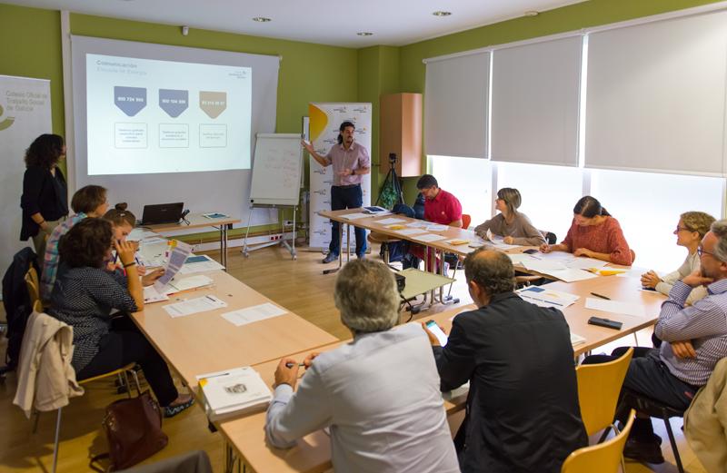 Trabajadores de Santiago de Compostela en la Escuela de Energía de Fundación Gas Natural Fenosa.