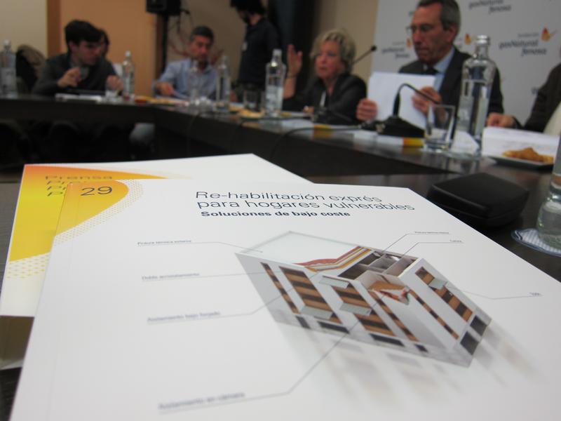 """Presentación del estudio """"Rehabilitación exprés para hogares vulnerables"""" de Fundación Gas Natural Fenosa."""