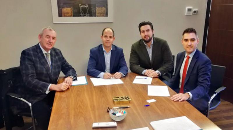 Cajamar almer a financiar proyectos de eficiencia for Oficinas cajamar almeria