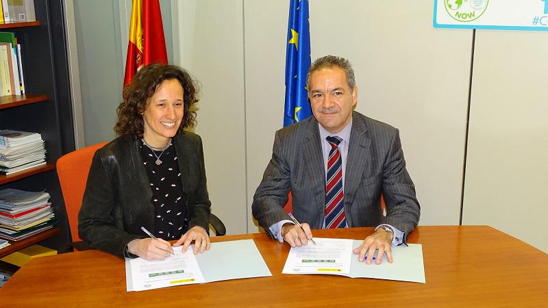 Firma entre Anese y la Oficina Española para el Cambio Climático.