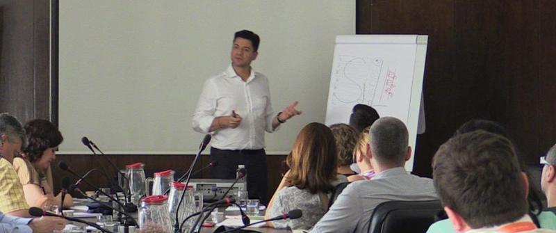 David Martínez, director de FMHouse, en una sesión del máster de Facility Management,