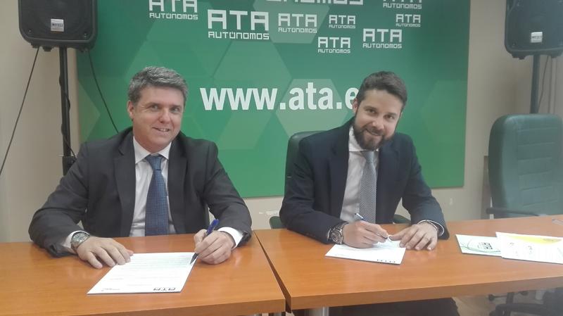 Firma del acuerdo entre Gas Natural Fenosa y ATA para impulsar la eficiencia energética entre los autónomos.