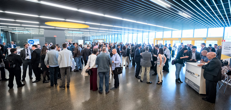 Networking de los asistentes al IV Congreso Ciudades Inteligentes