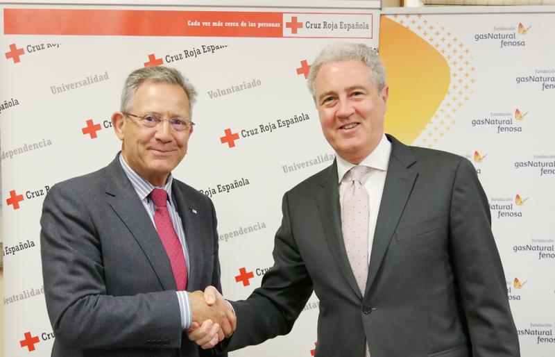 Acuerdo de colaboración entre Fundación Gas Natural Fenosa y Cruz Roja para ayudar a colectivos en riesgo de vulnerabilidad energética.