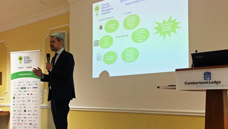 Luca Bertalot, coordinador del proyecto a nivel europeo, presentó las Hipotecas Piloto a la Eficiencia Energética.