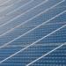 Desarrollan una celda solar de silicio y perovskita que ayuda a elevar la eficiencia de los paneles fotovoltaicos