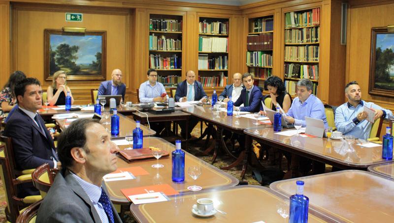 Primera Reunión del Comité Técnico del V Congreso Smart Grids en COIIM.