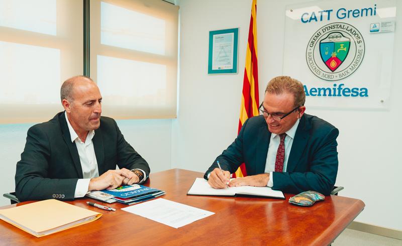 Firma del Acuerdo entre Ledvance y Aemifesa.
