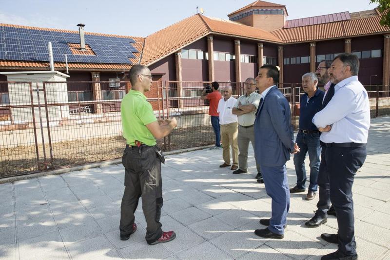 El consejero de Agricultura, Medio Ambiente y Desarrollo Rural de Castilla-La Mancha visita la sede GEACAM