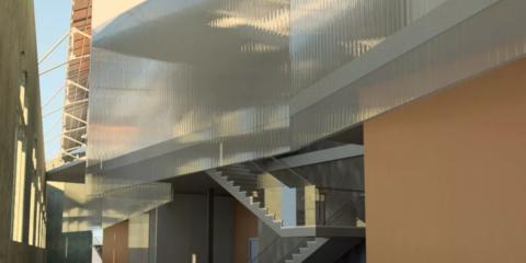 El edificio de Las Naves de Sevilla se convertirá en un centro de innovación que aprovecha las energías renovables