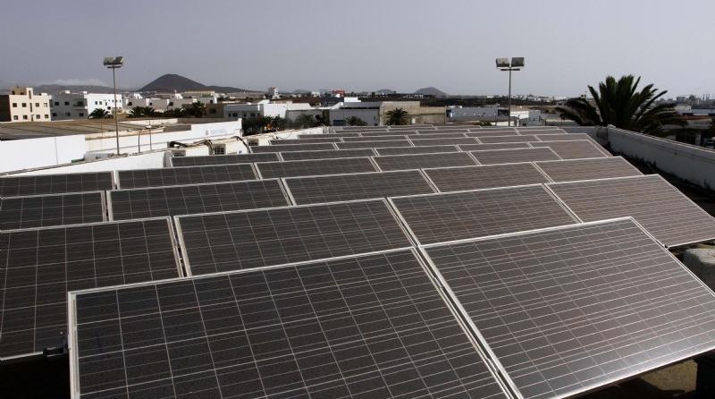 El Cabildo de Lanzarote evitará 8 t de CO2 al año gracias a la reforma del Centro de Menores de Tinajo
