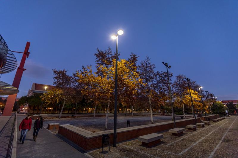 Cambiar la iluminación de las Universidades: sin inversión inicial ni obras traumáticas.