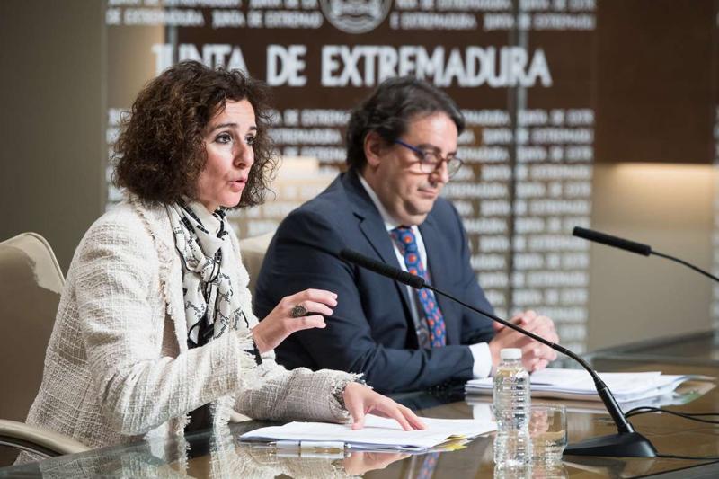 Extremadura ahorrará 15,5 millones al año gracias a la Estratégia Energética en Edificios Públicos